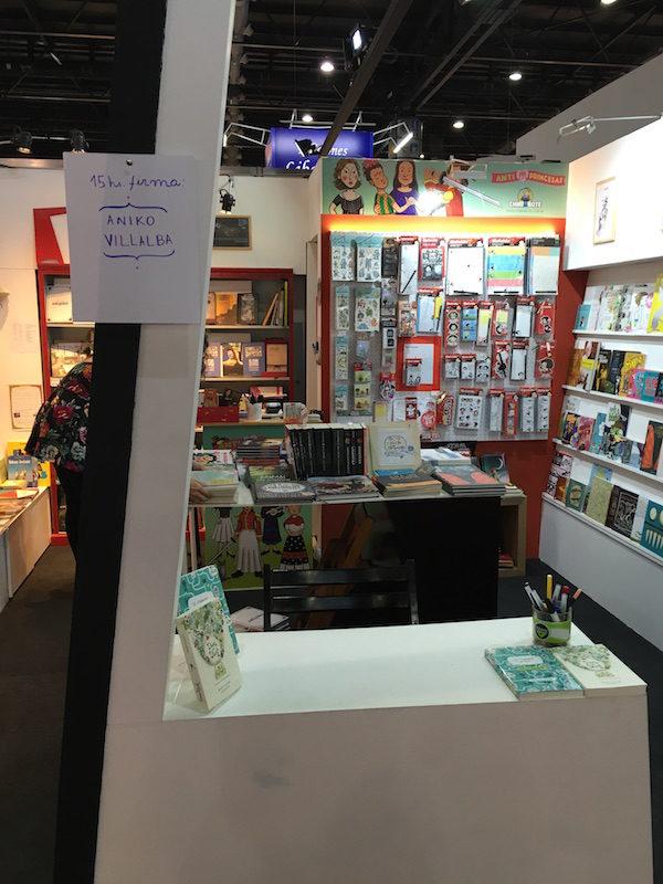 Firma en la Feria del Libro